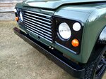 1992 LR LHD Defender 3 dr 200 Tdi A Eastor Green grill close.jpg